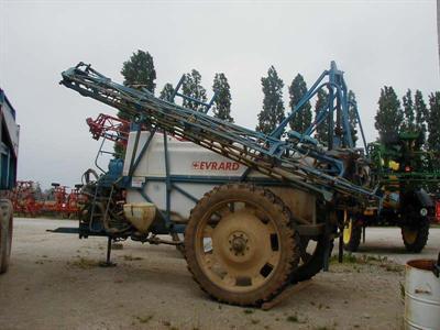 Photo du Pulvérisateurs traînés TA 2500 - 3300 - 4100
