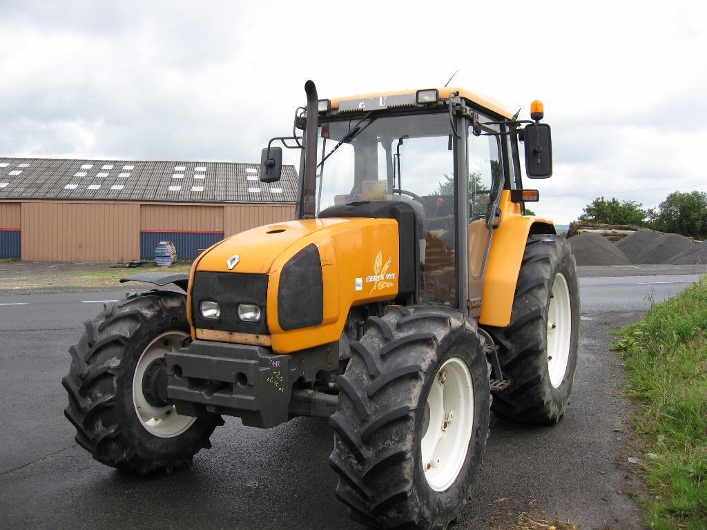 Photo du Tracteurs agricoles Céres 95 X