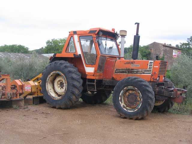 Photo du Tracteurs agricoles 1880 DT