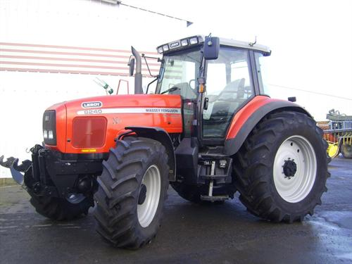 Photo du Tracteurs agricoles MF 8240