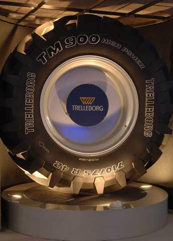 Photo du Roues à structure radiale TM900 HP