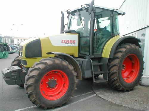 Photo du Tracteurs agricoles Arès 616 RZ