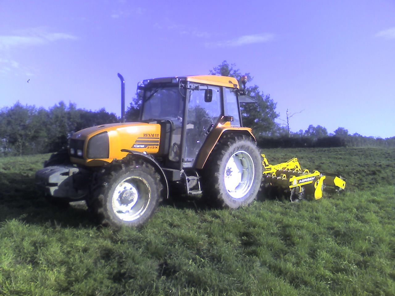 Photo du Tracteurs agricoles Cérés 345 X