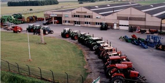 Photo du Vente de matériels neufs Concessionnaire Fendt et JCB sur 3 bases