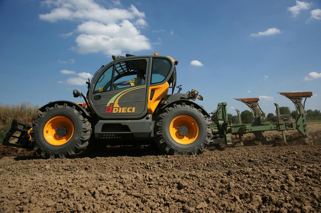 Photo du Chargeurs télescopiques Agritech 35.7 VS
