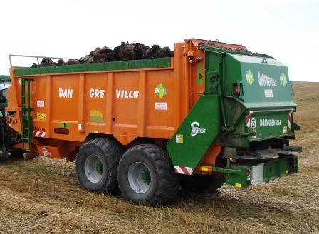 Photo du Epandeurs à fumier et composts ETB 15000A et ETB 15000B