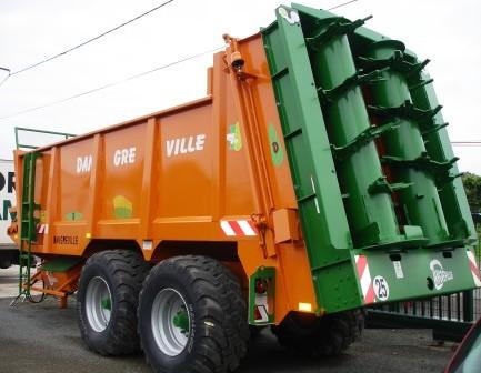 Photo du Epandeurs à fumier et composts EVB 15000A et EVB 15000B