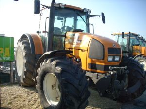 Photo du Tracteurs agricoles Ares 826 RZ full-powershift